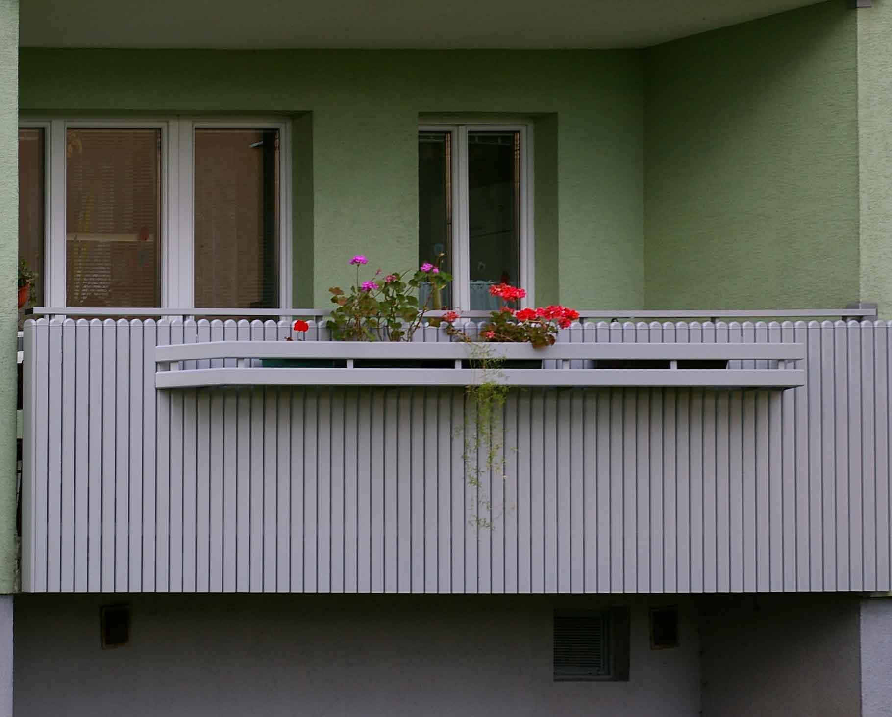 balkongel nder verkleidung kreative ideen f r innendekoration und wohndesign. Black Bedroom Furniture Sets. Home Design Ideas